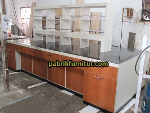 Meja Phenolic Resin 2