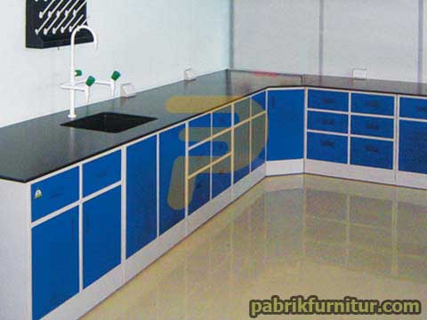 Meja Laboratorium Wall Bench 2