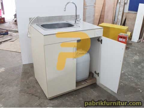 Wastafel Portable (Self Contained Portable Sink)
